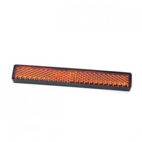 Oranžová obdelníková boční odrazka STRIPE. Rozměry (šířka x výška x hloubka) 102 x 15 x 7mm, uchycení šroubem M5x12mm s maticí a